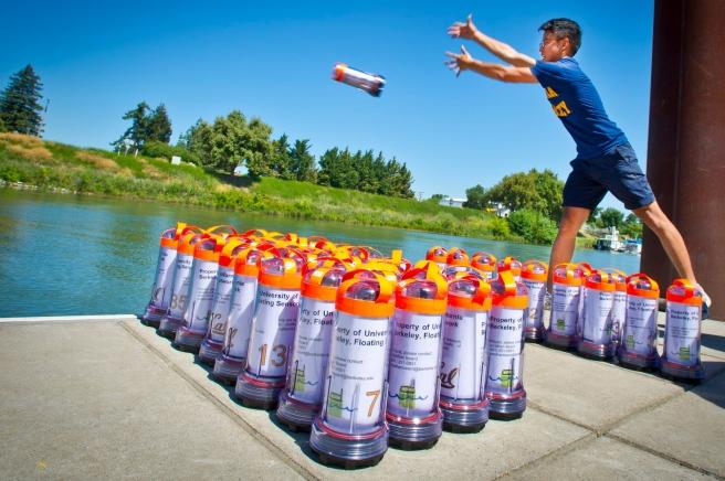Floating Robots